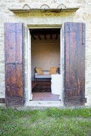 Openslaande deuren vanaf de woonkamer