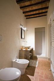 Badkamer aangrenzend aan de slaapkamer.