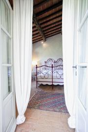 Openslaande deuren van de slaapkamer naar balkon
