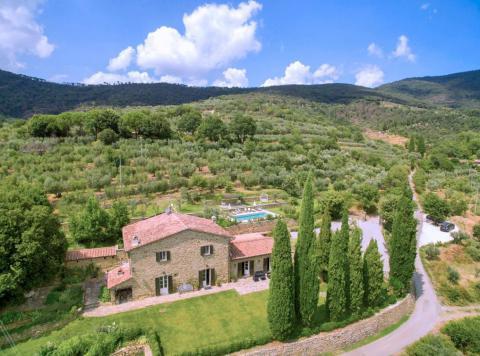 Luxe villa Arezzo huren voor 10 personen | Tritt.nl