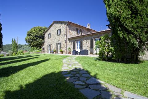 Ruime vrijstaande villa Cegliolo.