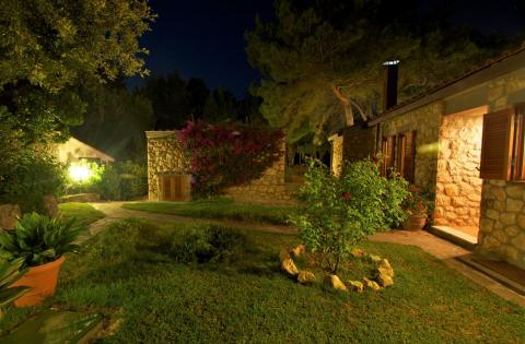 Luxe villa in Toscane, Italië met strand voor de deur | Tritt.nl