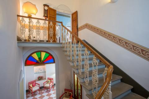 Statige villa met 5 slaapkamers in Pisa