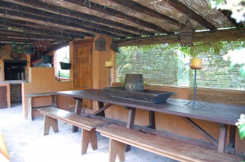 Veranda met buitenkeuken, cottage Toscane