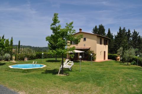 Vakantiehuis met privacy en ruimte Pisa, Toscane