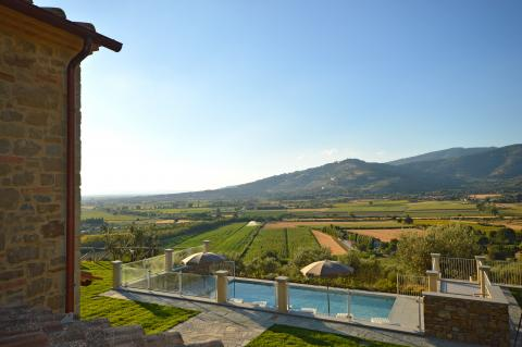 Villa Toscane, Cortona 8 personen, moderne stijl | Tritt.nl