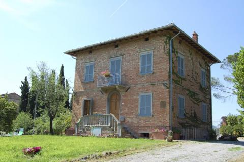 Alleinstehende Villa bei Montepulciano