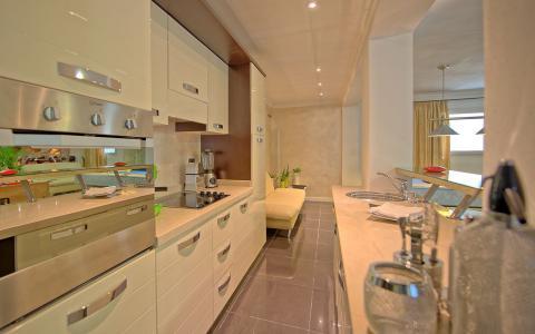 Luxe villa met 4 slaapkamers Camaiore Toscane