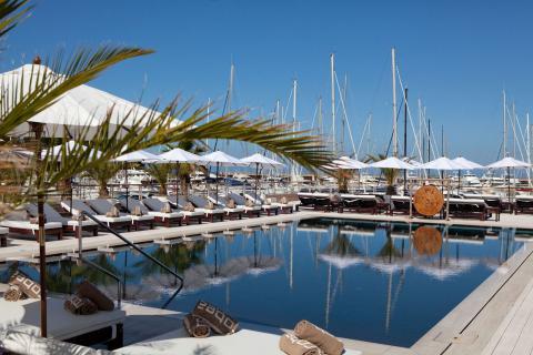 Luxe resort appartementen aan zee Toscane