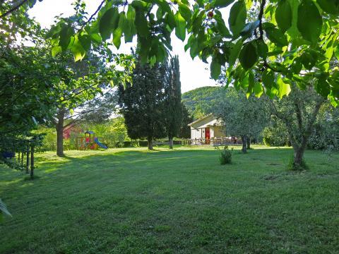 Toscane agriturismo: Speeltuin en zwembadbar