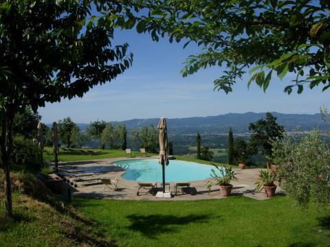 Sfeervolle agriturismo Arezzo met zwembad