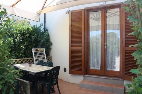 Terras appartement Oliveto