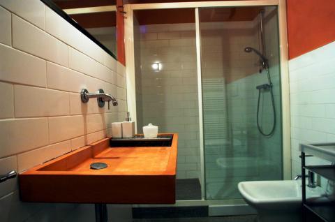Badezimmer Drei-Zimmer-Wohnung Pozzo