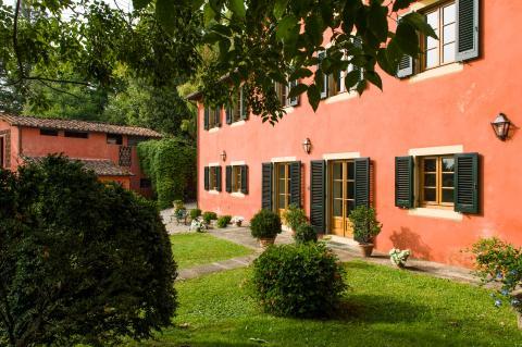 Traditionele villa bij Lucca voor 8 personen