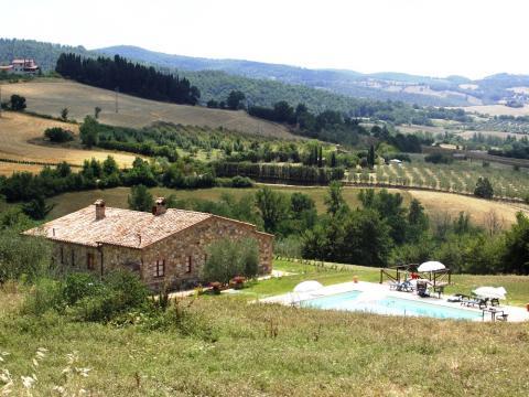 Vrijstaand huis in Toscane voor 2 gezinnen
