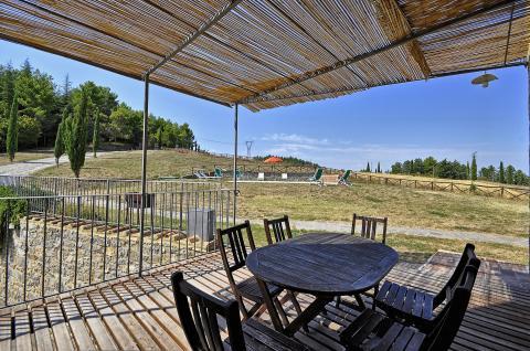 Schaduw terras vakantiehuis Siena