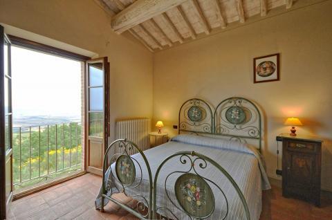 vakantiehuis met 4 slaapkamers Toscane