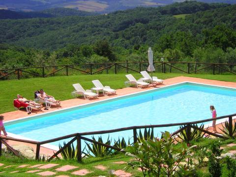 Agriturismo met zwembad omgeving Pisa