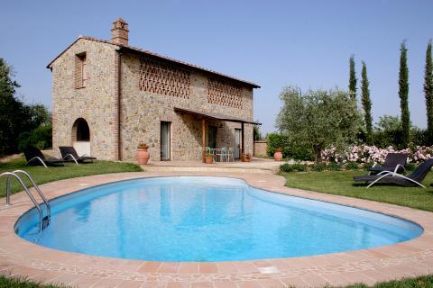 Villa Montagnola met privé zwembad in Gambassi