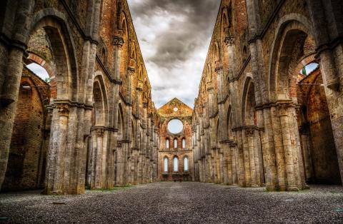 Vakantie Siena -De legende van San Galgano, net zo heilig als Sint Nicolaas