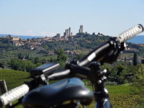 Fietsen in Toscane van Montespertoli naar San Gimignano (deel 1)
