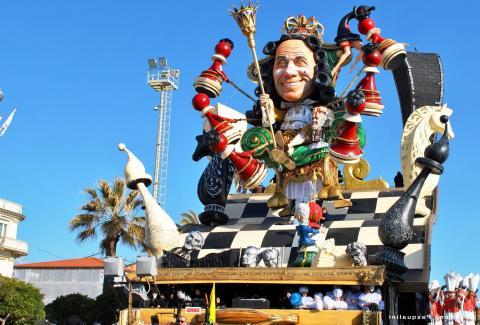Carnaval in Viareggio: praalwagens met humor
